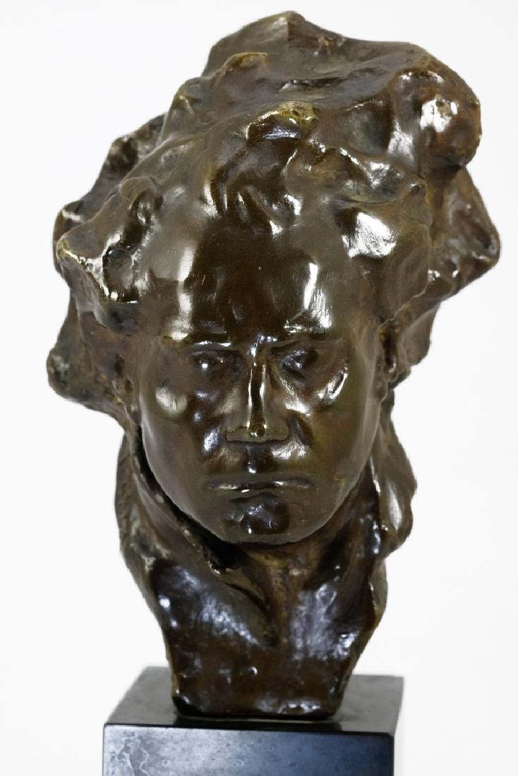 Bronze sculpture of Beethoven by Alfredo Pina - 2