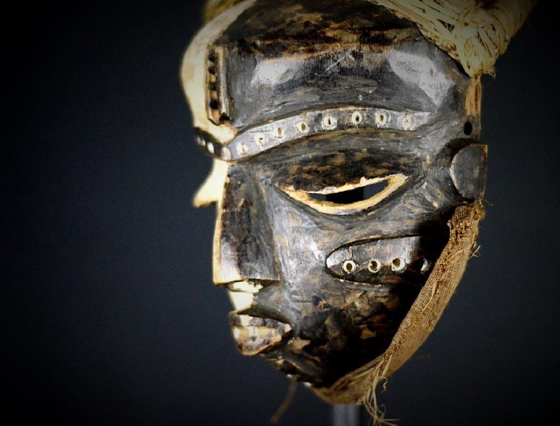 Elegant African Tribal PENDE Mbangu Mask DRC - 3