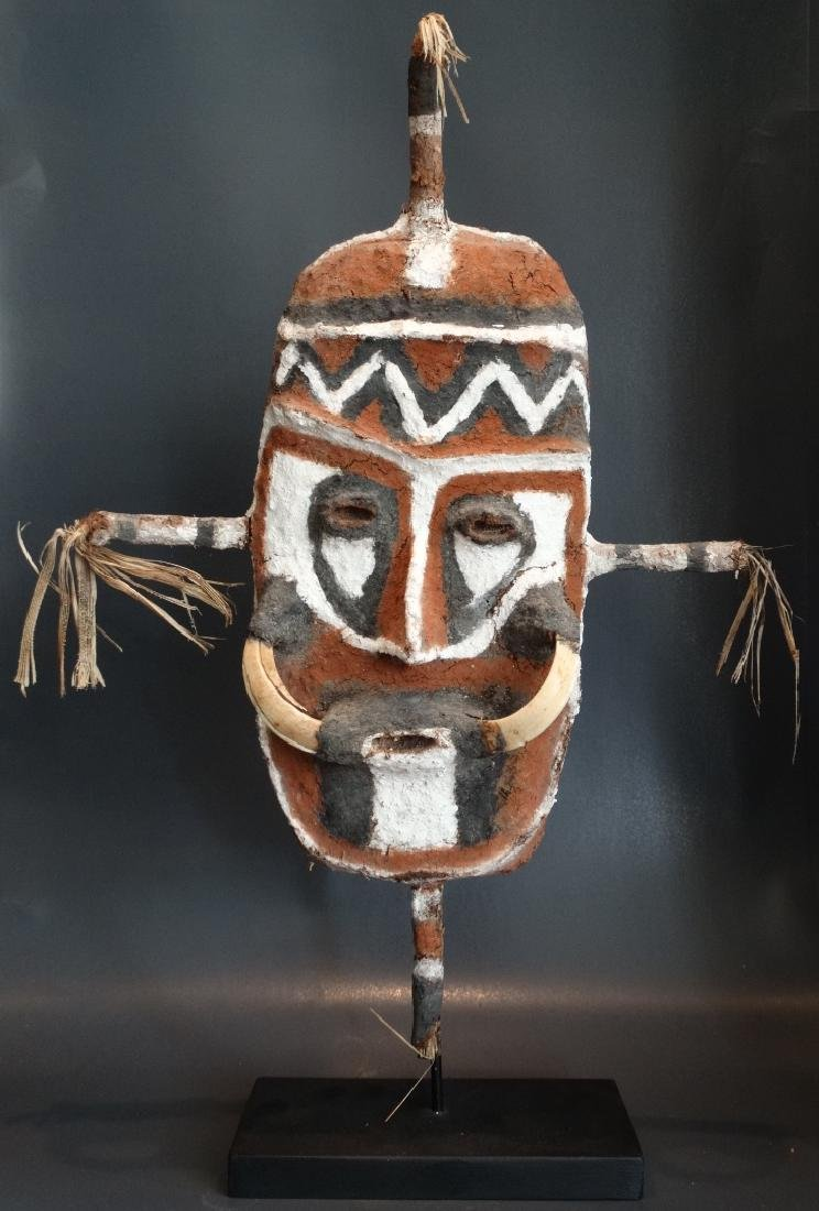 Old Malakula mask