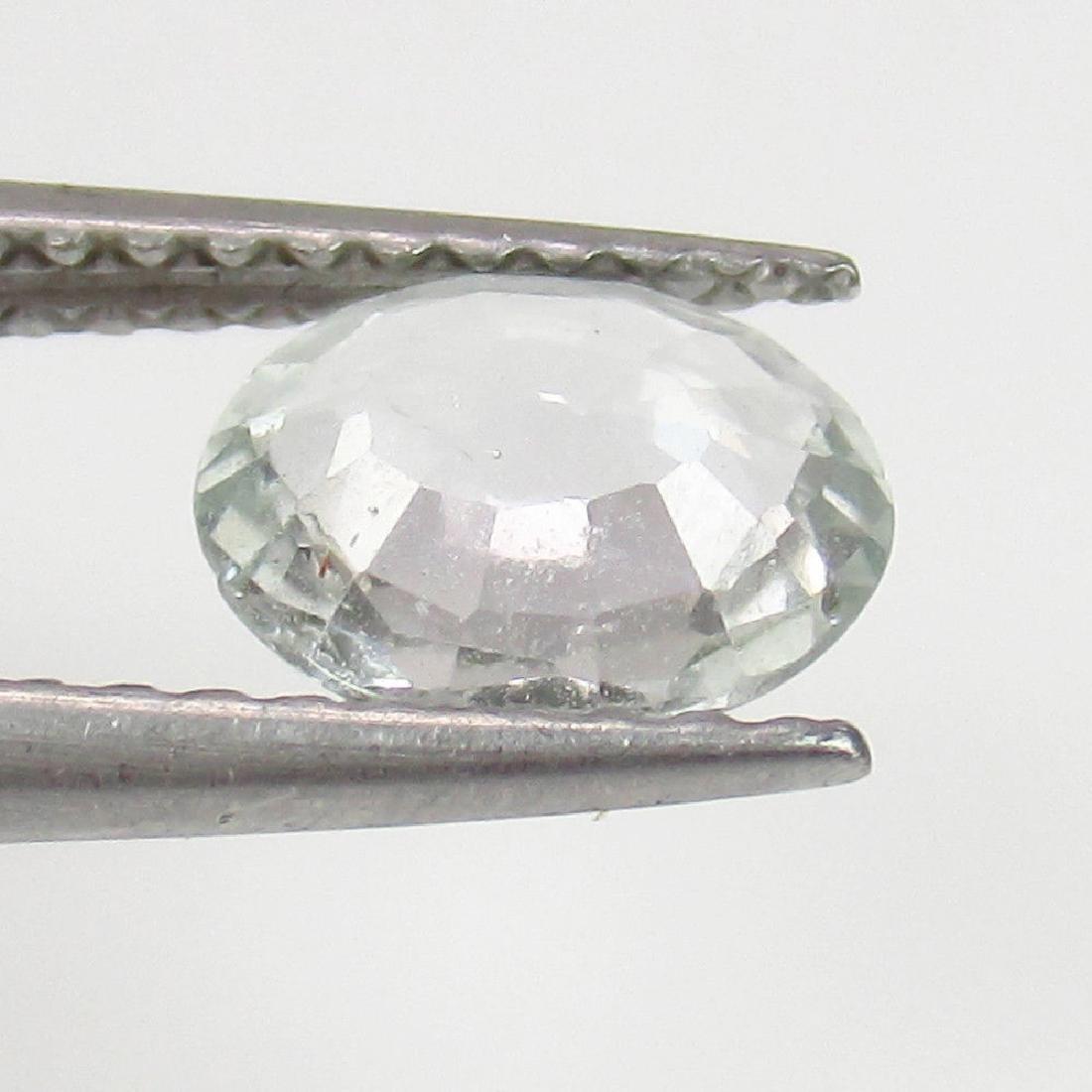 0.85 Ct Genuine Ceylon Unheated White Sapphire Oval cut - 2