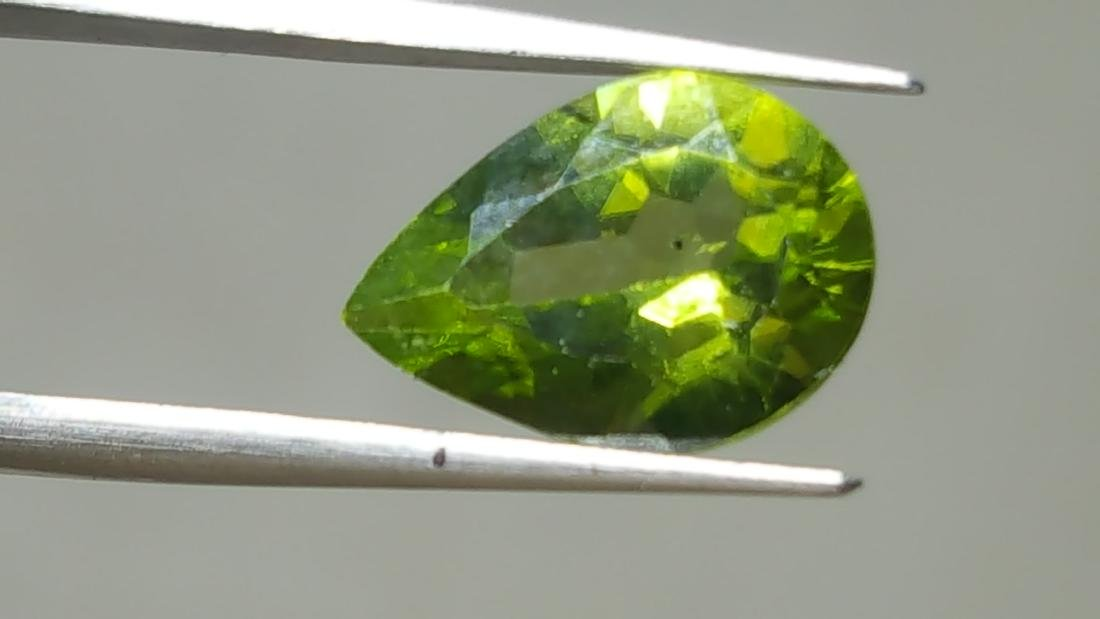 NATURAL PEAR SHAPE PERIDOT - 5