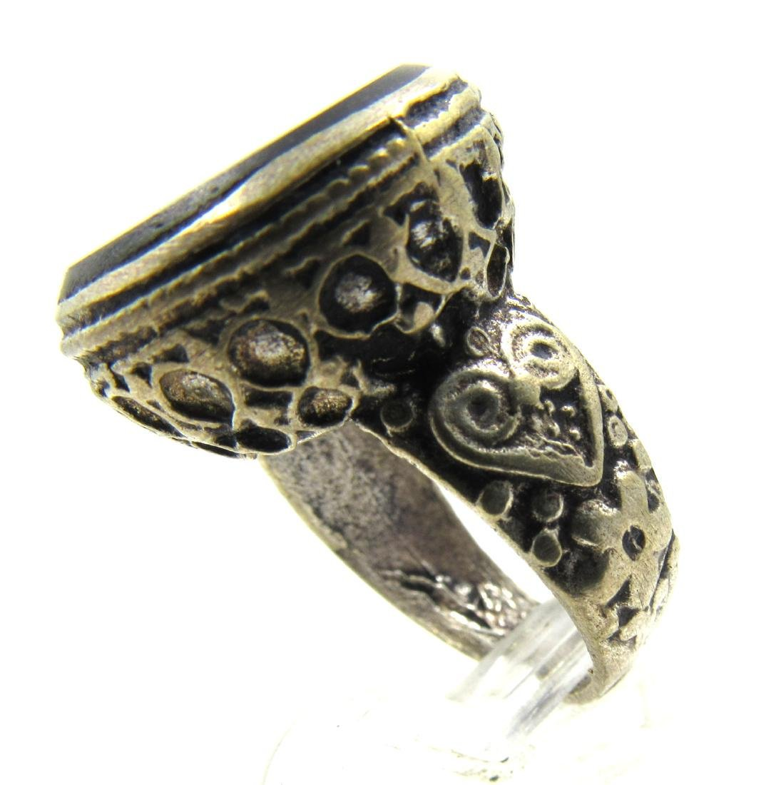 Post Medieval Silver Ring with Scorpion on Intaglio - 3