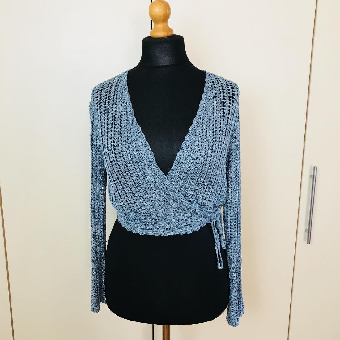 Vintage Women's Designer Sweater Cardigan Top Size US 6