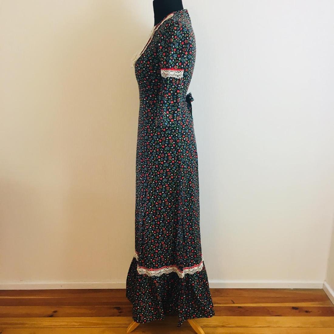 Vintage Women's Tyrolean Style Dress Size EUR 36 US 6 - 4