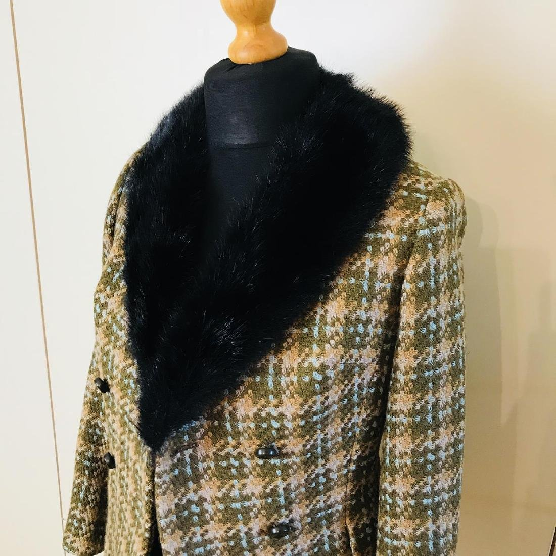 Vintage Women's Designer Jacket Blazer with Real Fur - 3