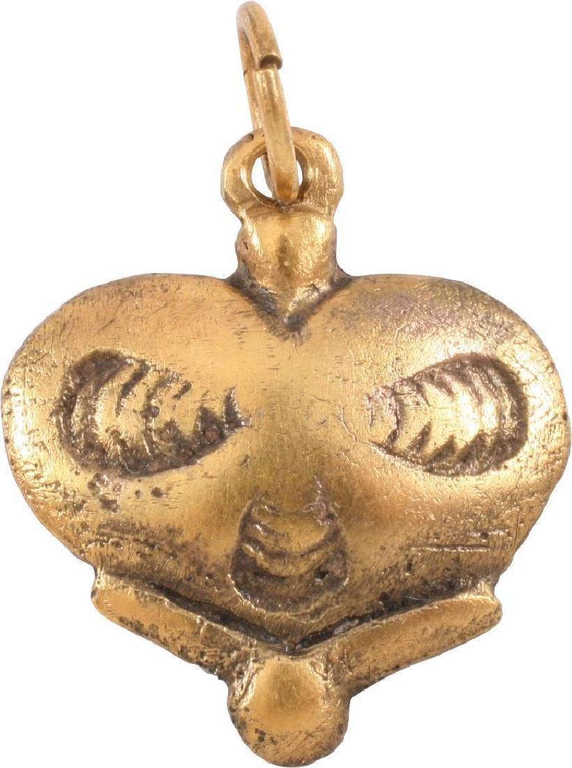 VIKING HEART PENDANT C.850-1050 AD