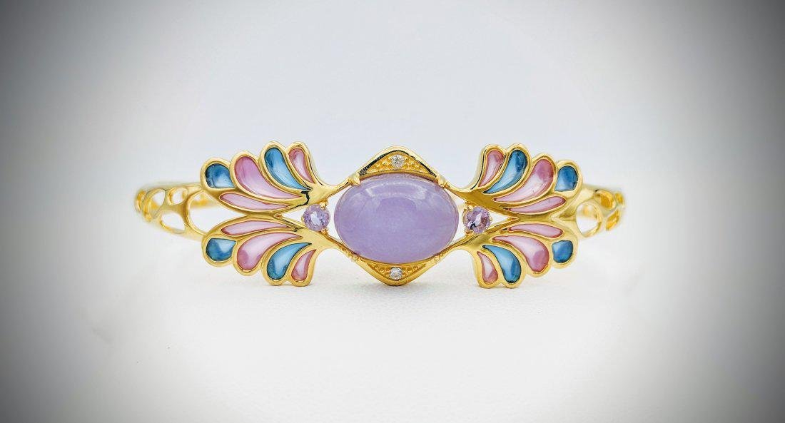 Gold Plated SS Bracelet with Violet Jade, Pale