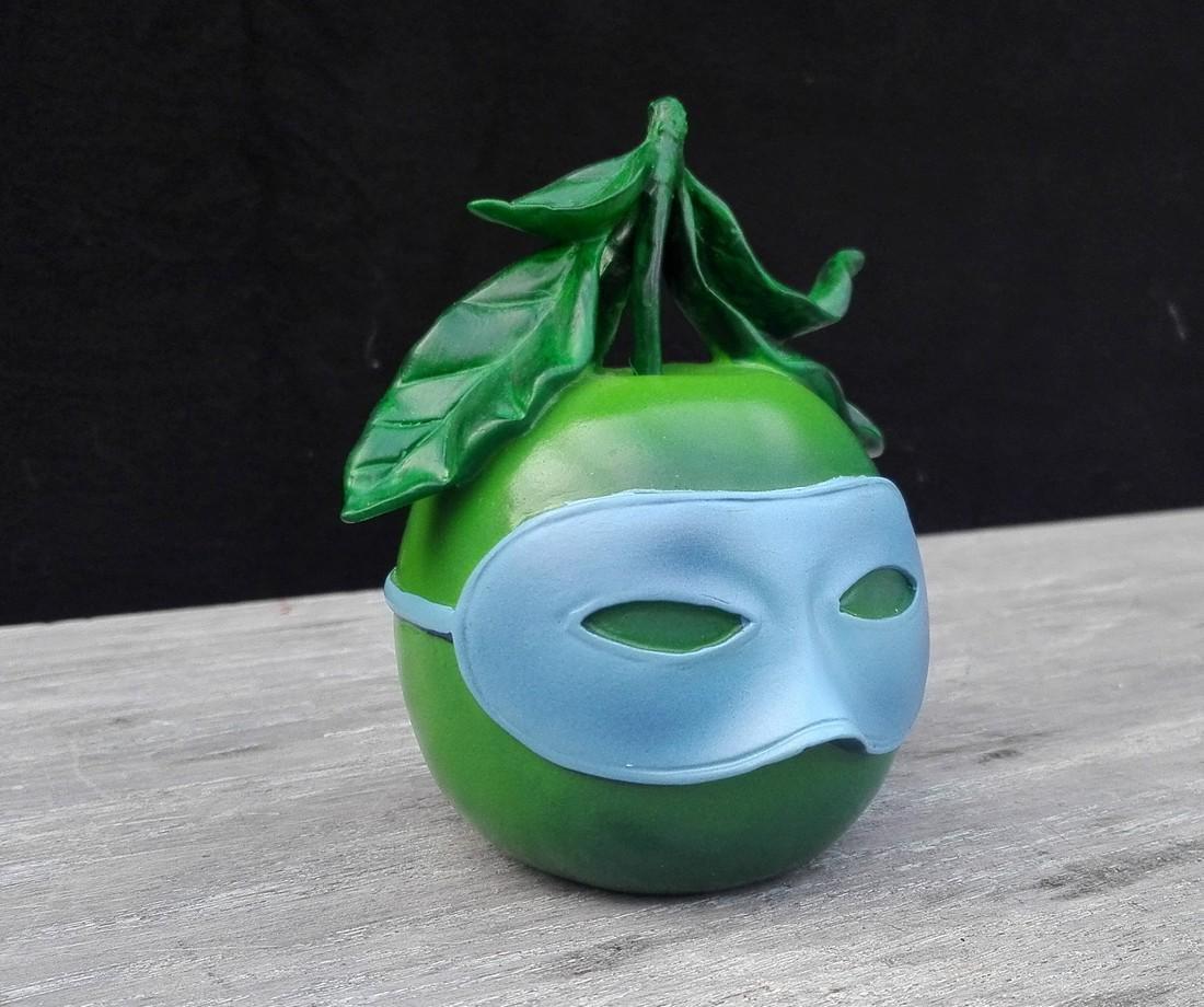 René Magritte - Blindfolded apple - Official - 2