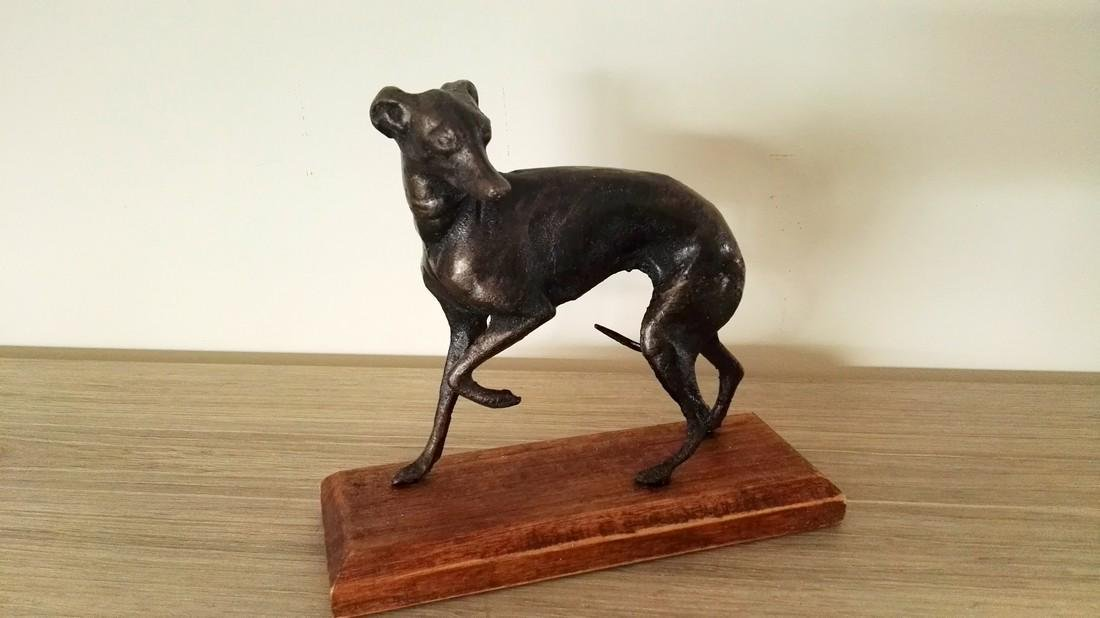 A couple of greyhounds - cast iron alloy