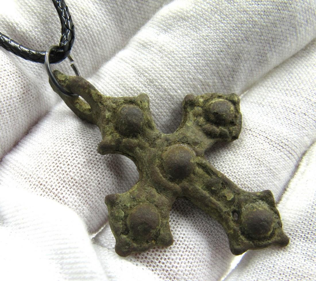 Medieval Crusaders Era Bronze Decorated Cross Pendant - 3