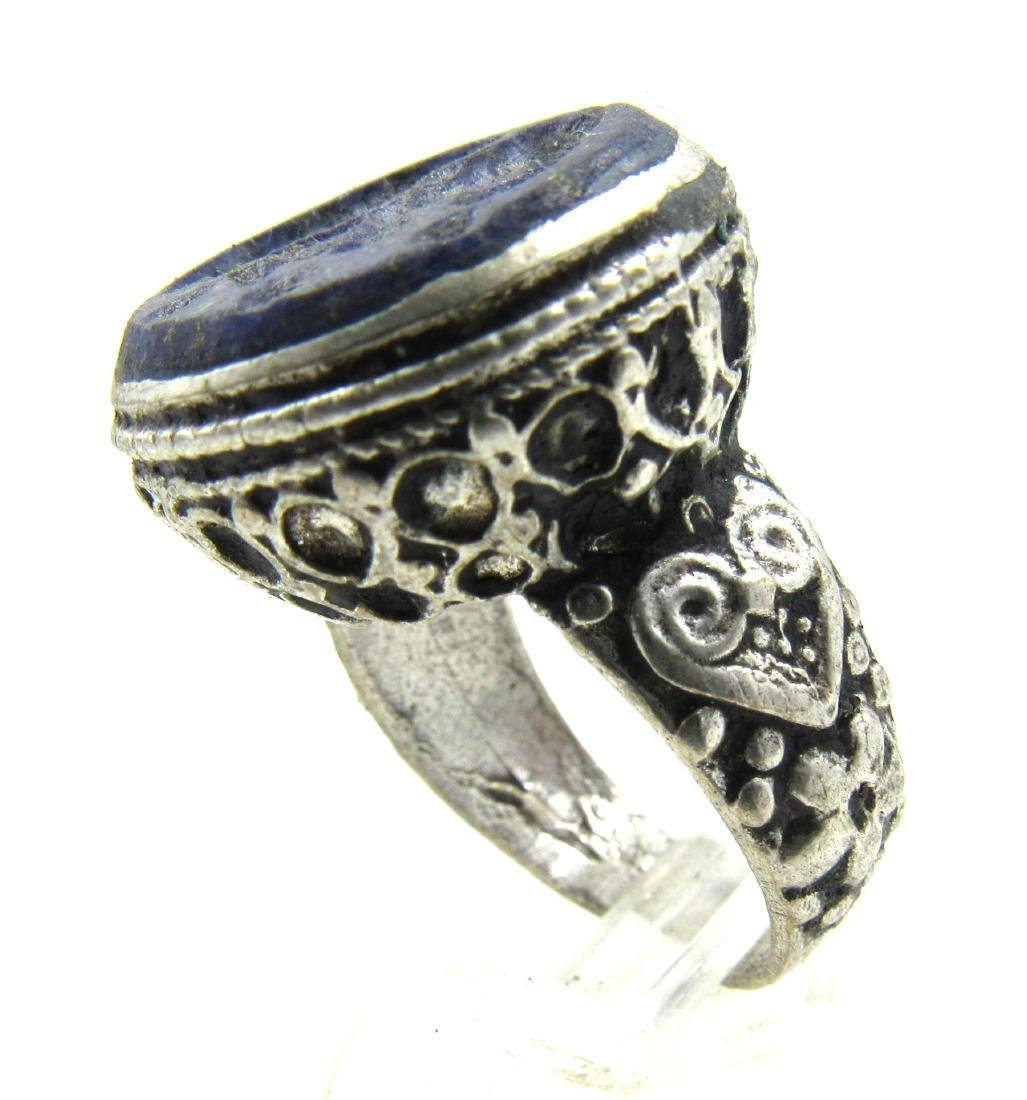 Sasanian Silver Ring with Lapis Intaglio Bust - 3