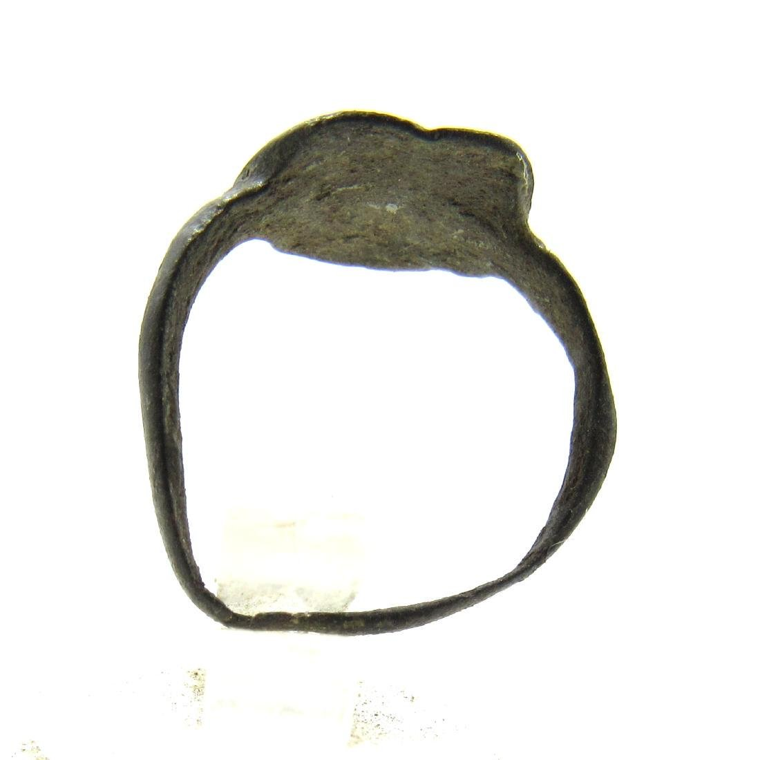 Ancient Roman Bronze Ring with Bird on the Bezel - 3