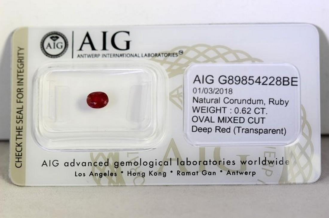 * NO RESERVE PRICE * -  Ruby - 0.62 ct - Deep Red - AIG - 2