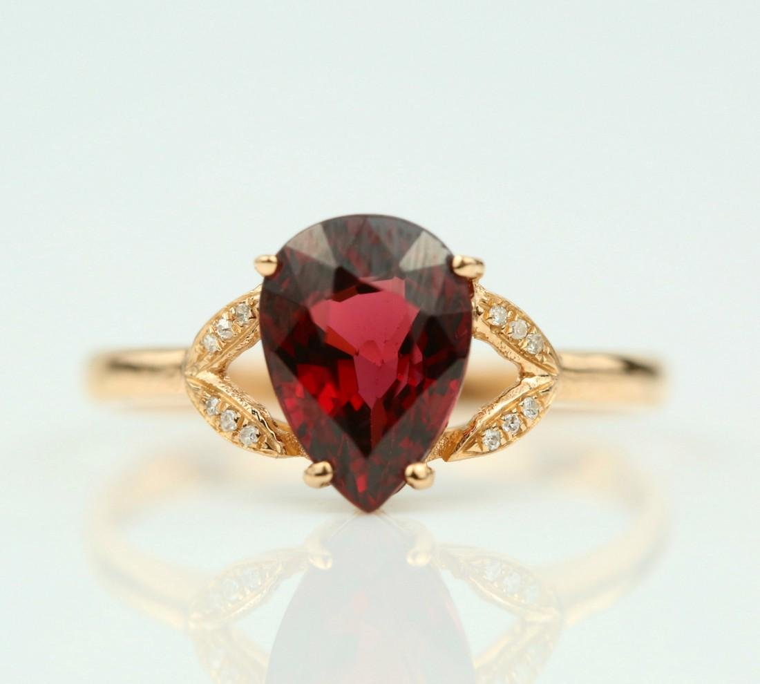 Certified-Exquisite Garnet ring with 18k rose gold