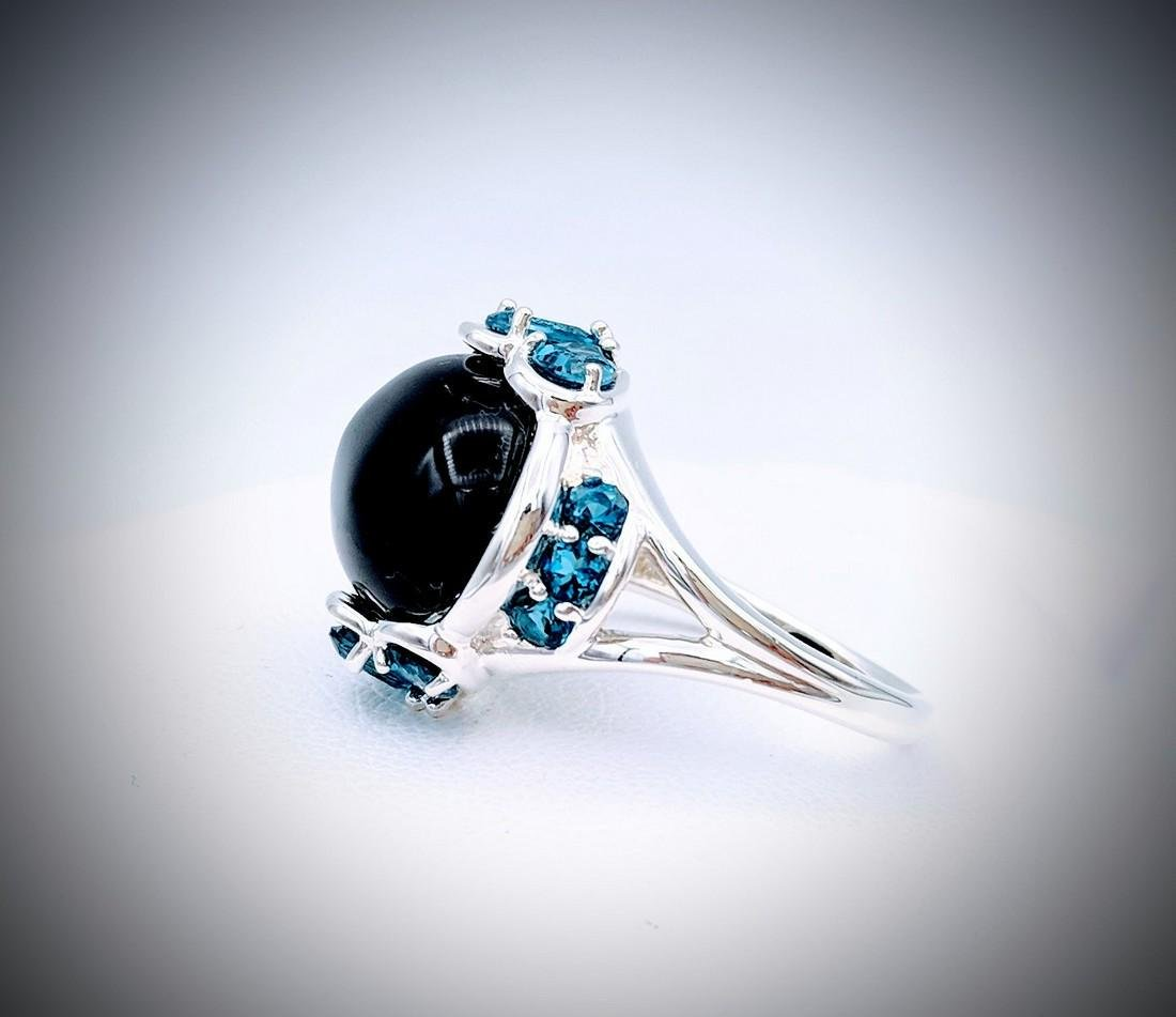 Sterling Silver Sz 7 Black Onyx and London Blue Topaz
