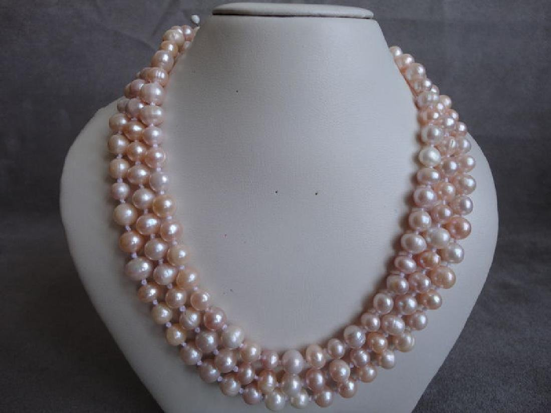 Soft pink fresh water pearls – 135 cm long necklace
