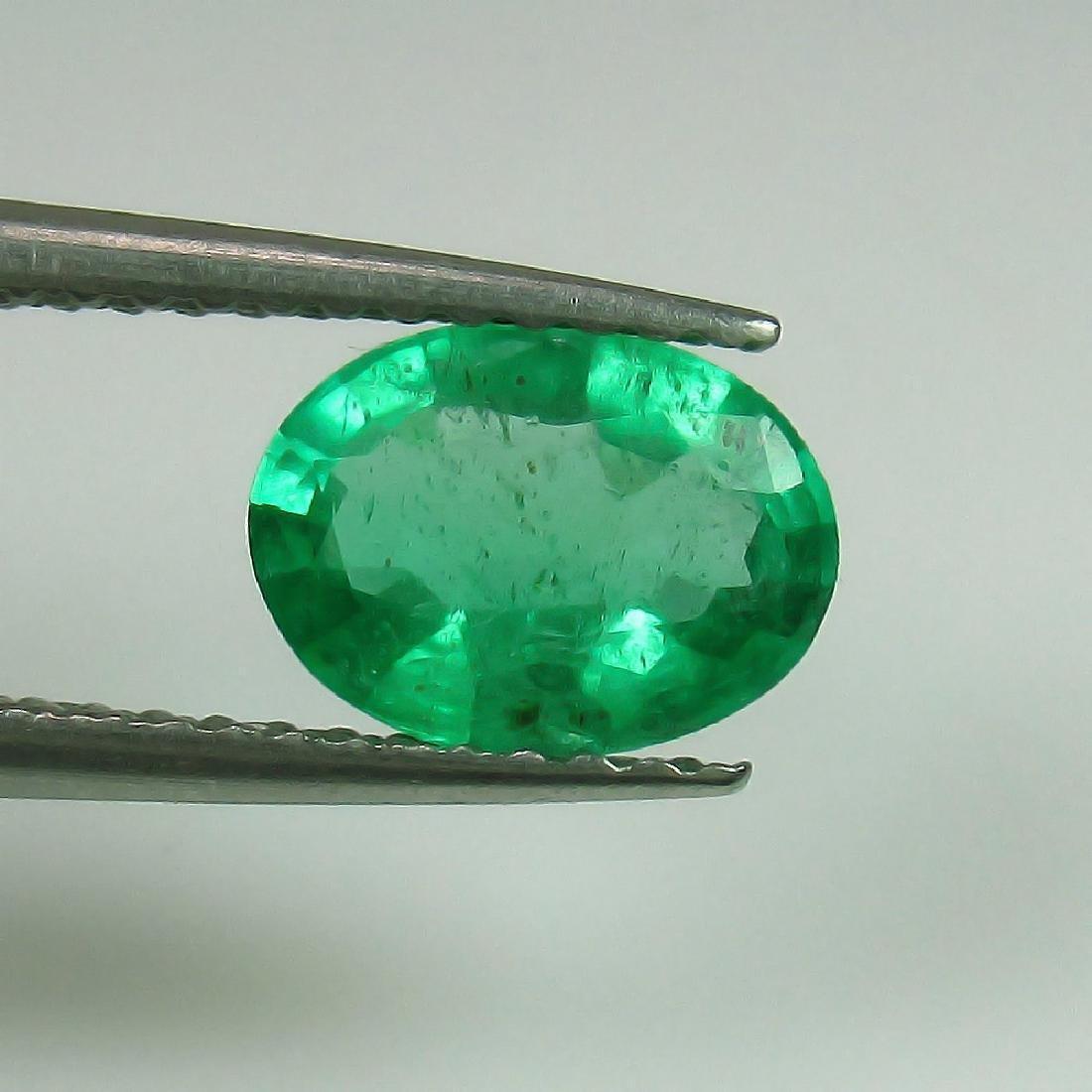 0.95 Ct Genuine Zambian Emerald 8X6 mm Oval cut Top