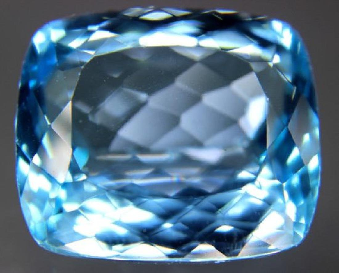 Lovely Swiss Blue Loose TOPAZ Gemstone