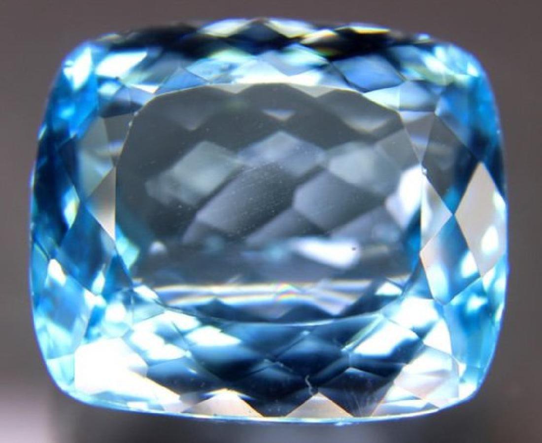 Lovely Swiss Blue Loose TOPAZ Gemstone - 2