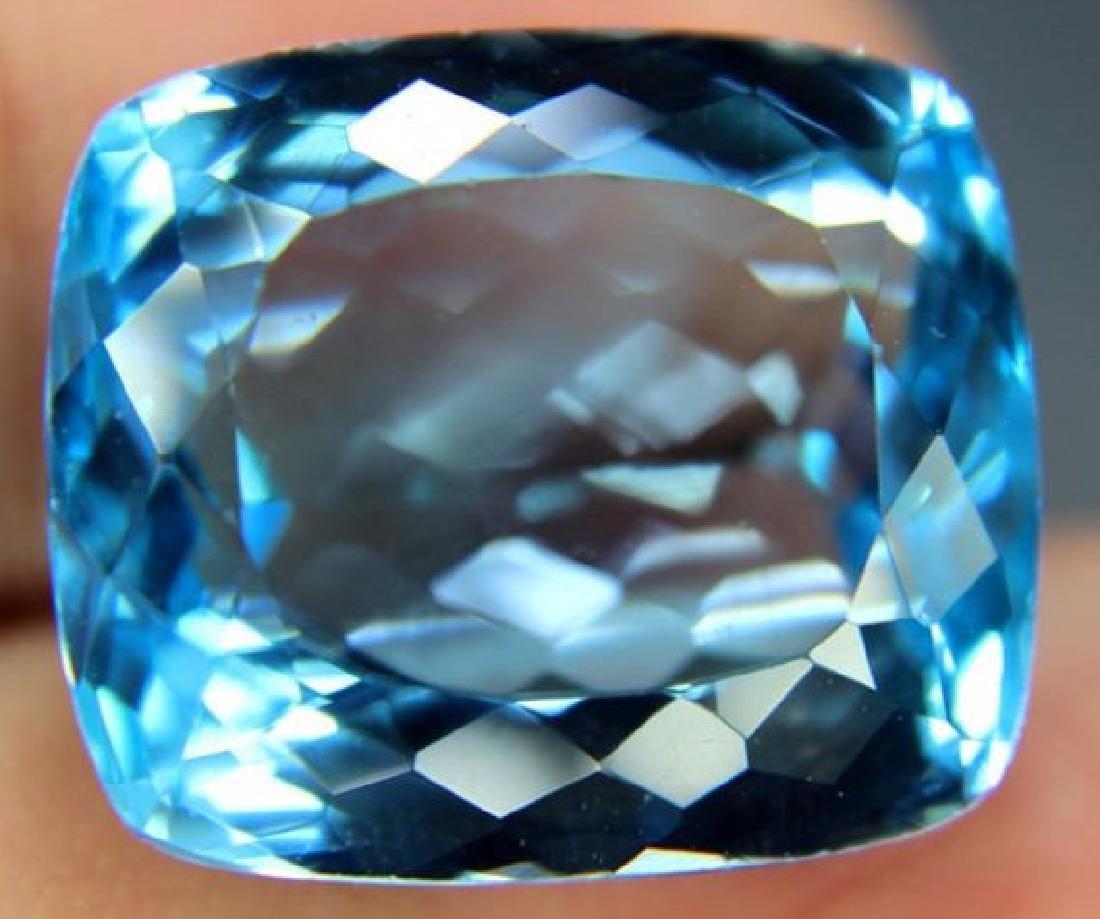 Lovely Swiss Blue Loose TOPAZ Gemstone - 3