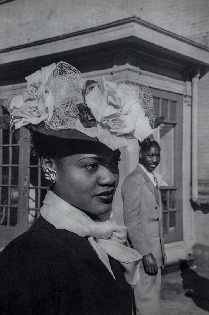 HENRI CARTIER-BRESSON - Easter Sunday in Harlem, 1947