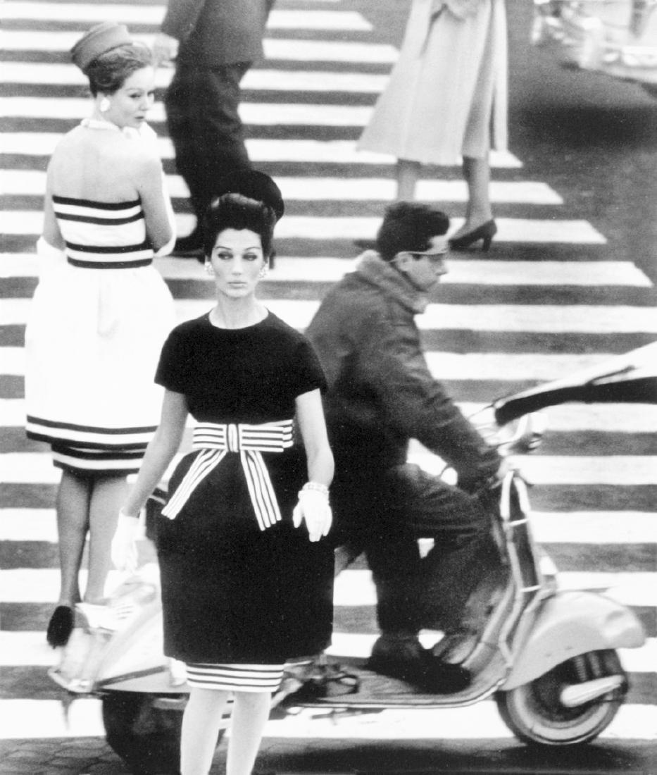 WILLIAM KLEIN - Piazza di Spagna, Rome (Vogue), 1960