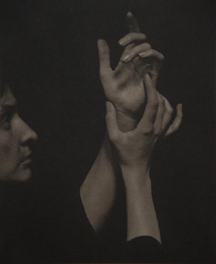 ALFRED STIEGLITZ - Georgia O'Keeffe, 1920