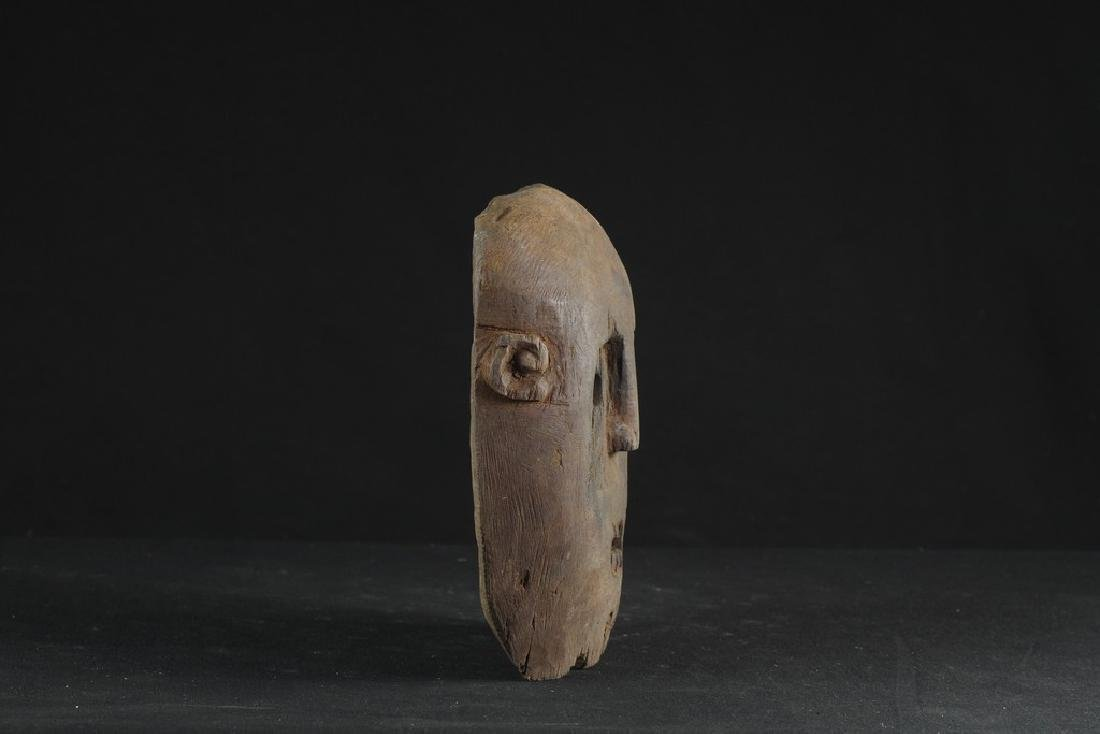 Self standing mask with teeth - 4