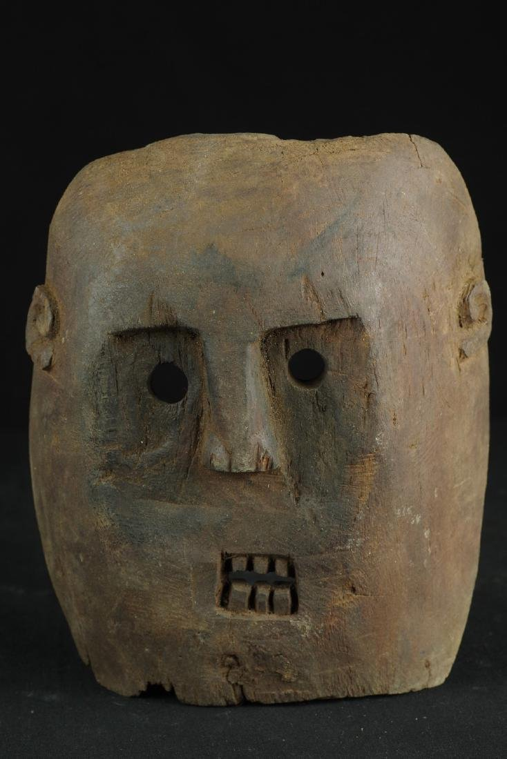 Self standing mask with teeth - 9