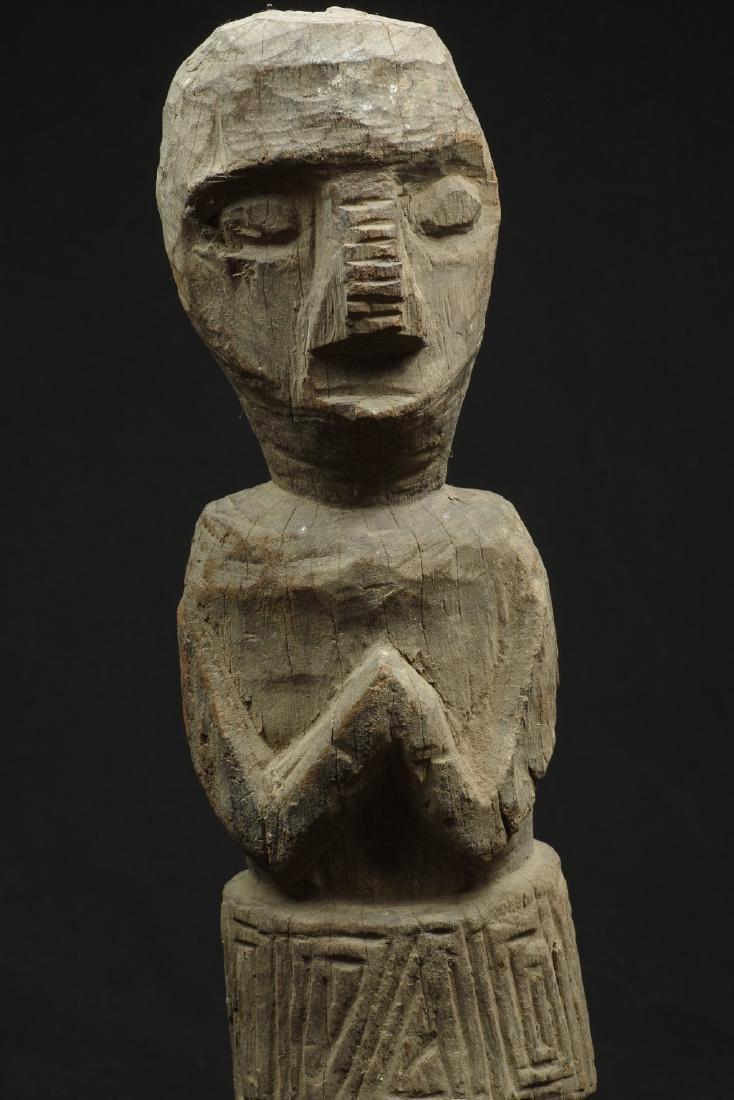Old massive ancestor figure - 10