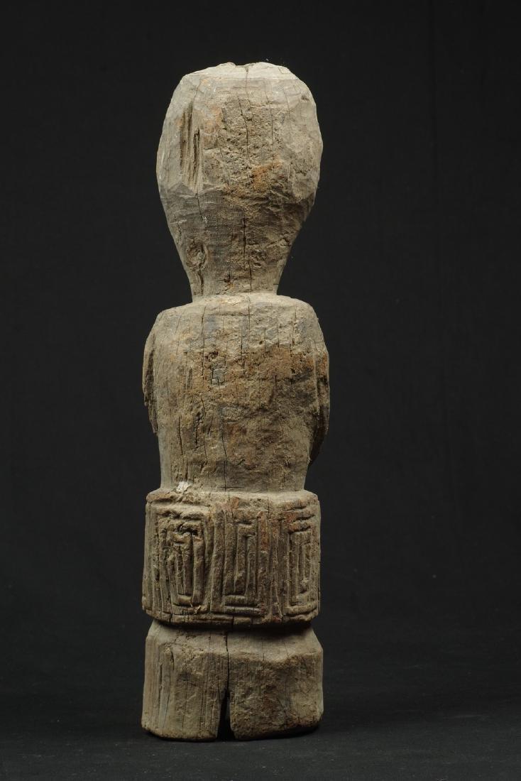 Old massive ancestor figure - 4