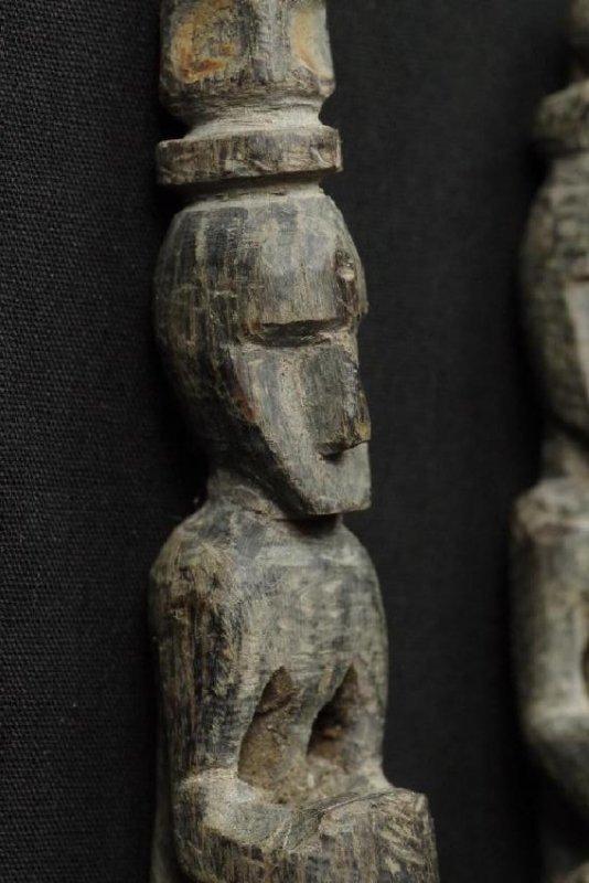 Pair of horn spoons carved as ancestors - 6