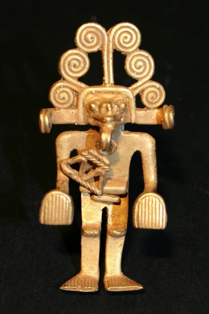 Pre-Columbian art in tumbago- Man shaped pendant with - 6