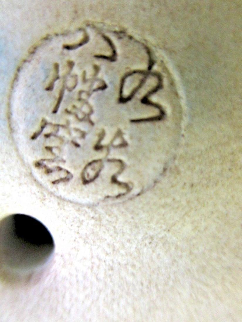 Vintage Satsuma Moriage Maneki Neko Beckoning Cat - 3