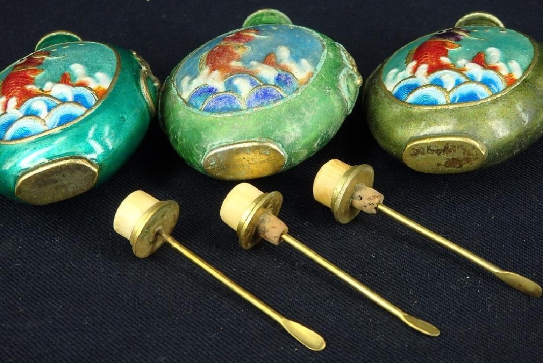 Lot of 3 fish design enamel brass snuff bottles - 6
