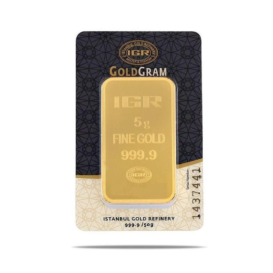 5 gr. pendant + 2 gr. chain. -  999/1000 & 585/1000 (14 - 4