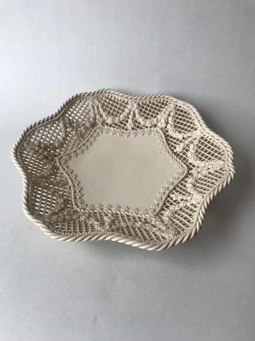 Creamware Fruit plate - 2