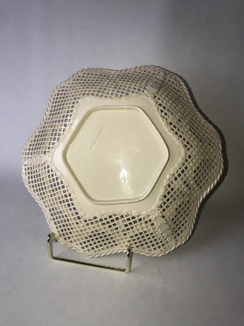 Creamware Fruit plate - 3