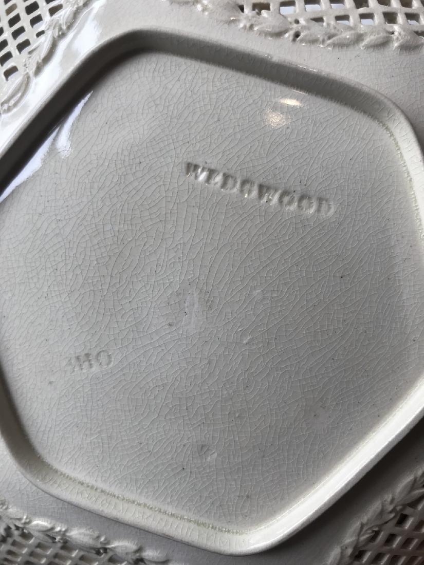 Creamware Fruit plate - 4