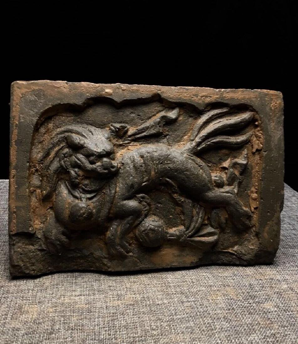 Lion stone carving artwork