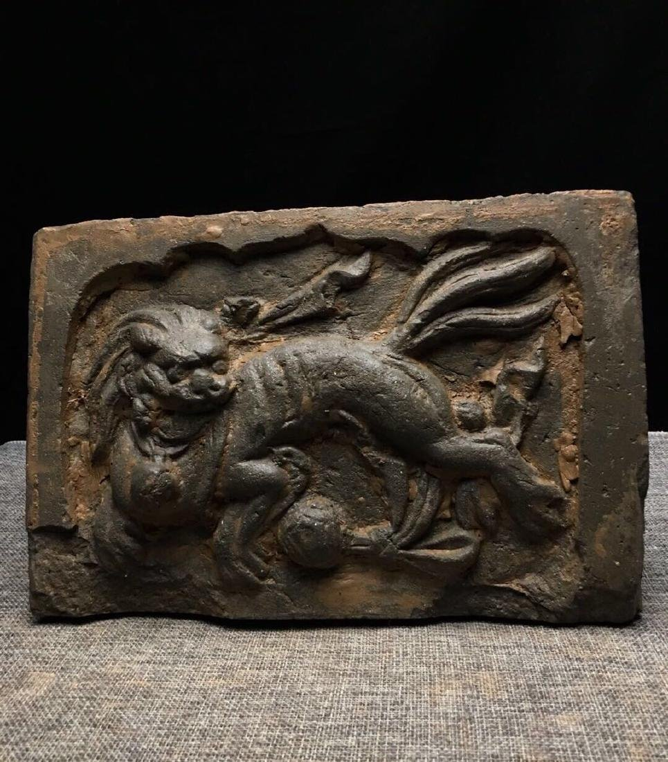 Lion stone carving artwork - 2