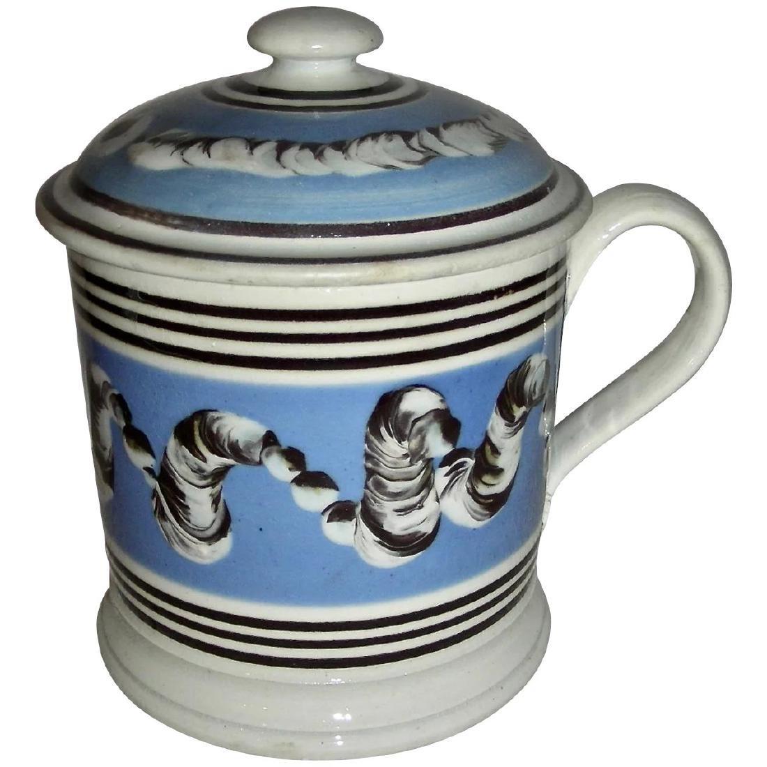 Rare Earthworm Decorated Mocha Ware Porter Mug