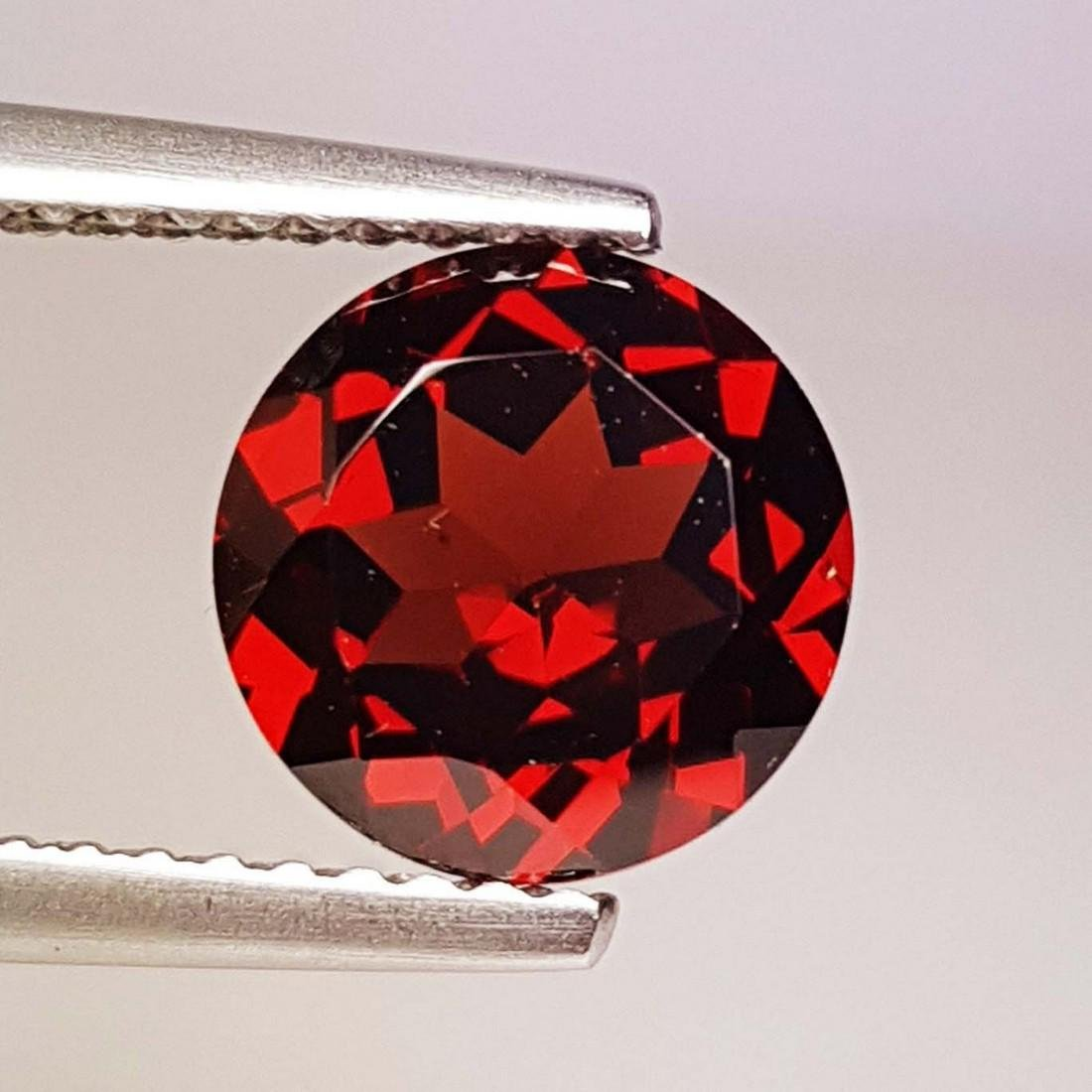 Natural Pyrope - Almandite Red Garnet - 2.20 ct