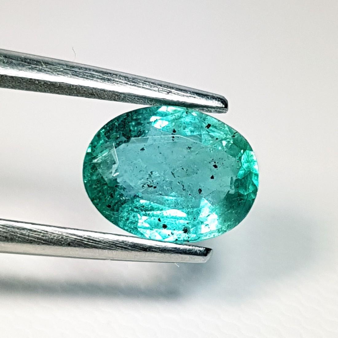 Fantastic Oval Cut Natural Emerald - 1.70 ct - 2