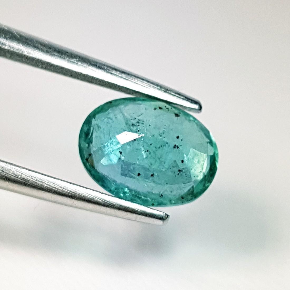 Fantastic Oval Cut Natural Emerald - 1.70 ct - 3