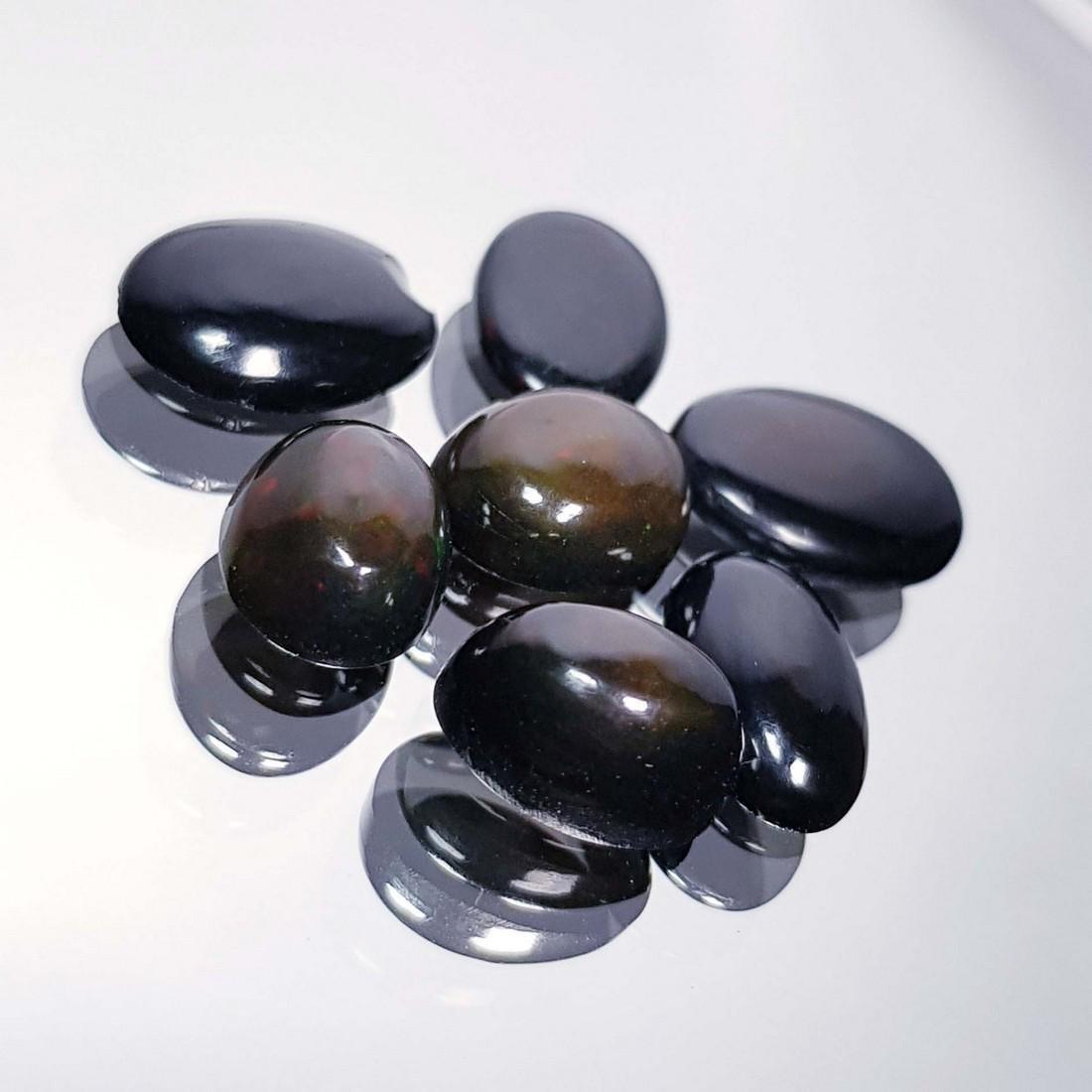 7 Pcs Of Black Opal - 7.24 ct - 2