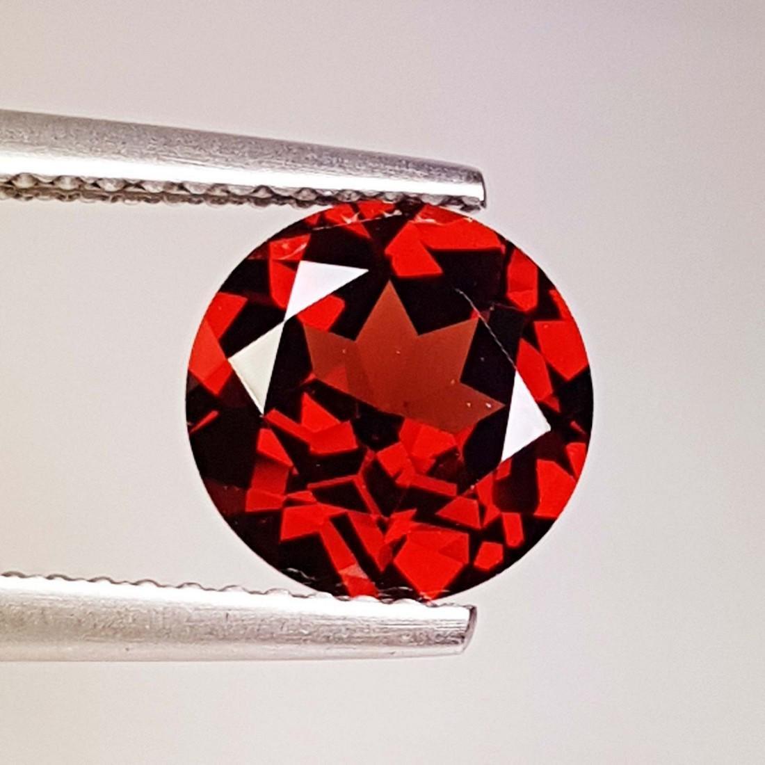 Fantastic Natural Pyrope - Almandite Red Garnet - 2.35