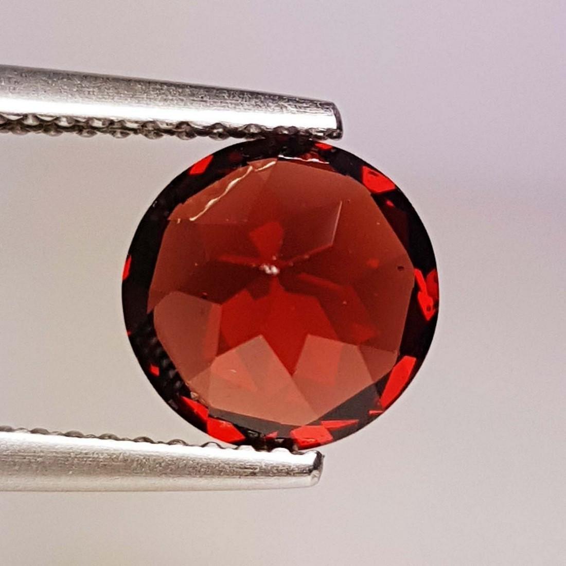 Natural Pyrope - Almandite Red Garnet - 2.25 ct - 3