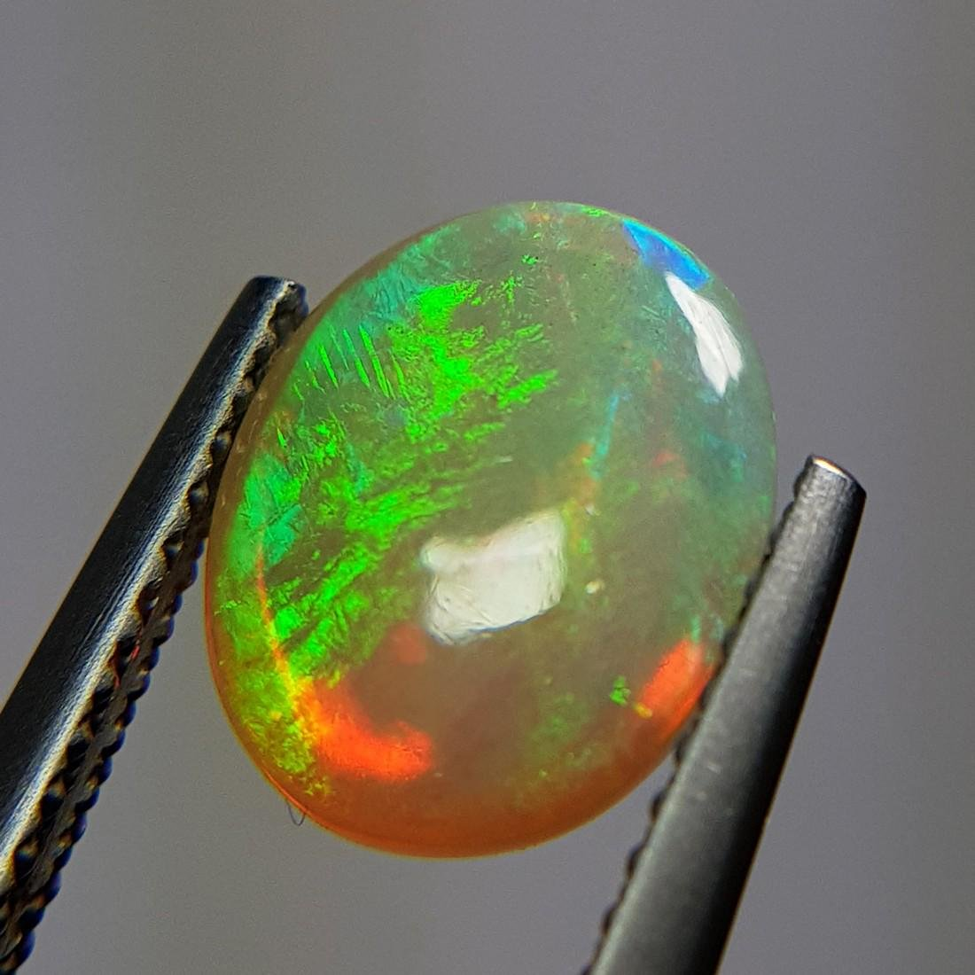 Marvelous Fire Oval Cabochon Natural Opal  - 1.96 ct - 10
