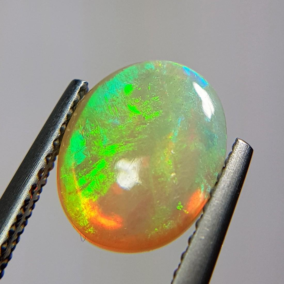 Marvelous Fire Oval Cabochon Natural Opal  - 1.96 ct - 7